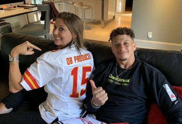 Patrick Mahomes mom Randi jersey